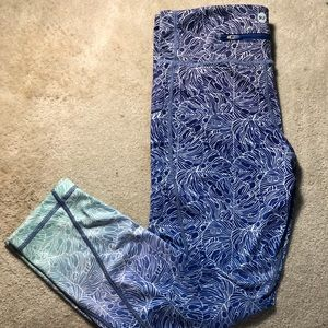 VV Tropical Pattern Leggings